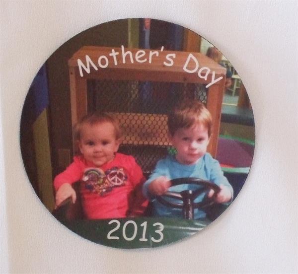 Personalized photo jar opener