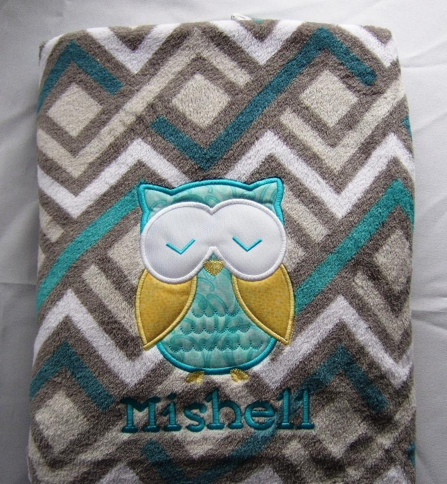 Cute owl applique and name